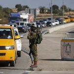 الاحتلال يحتجز عشرات المركبات على مدخل زبوبا غرب جنين