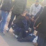 فلسطيني يدهس شرطي من قوات السلطة ويصيبه بجراح خطيرة